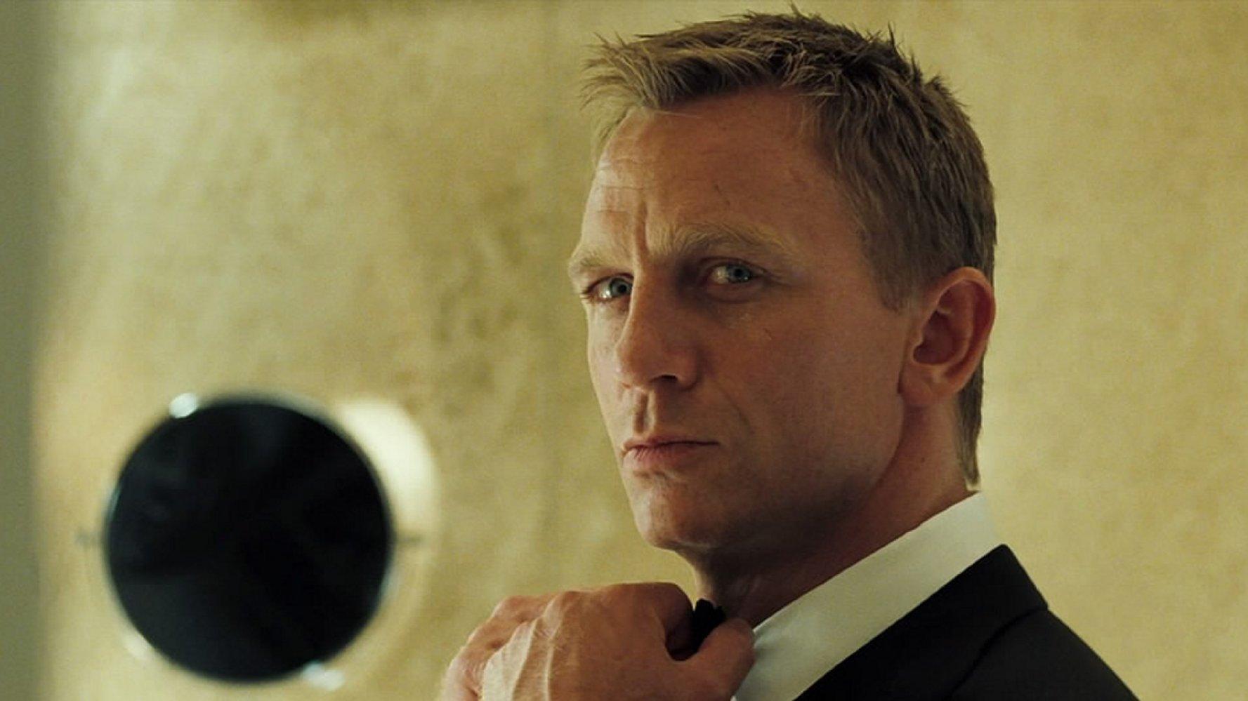 007 джеймс бонд казино