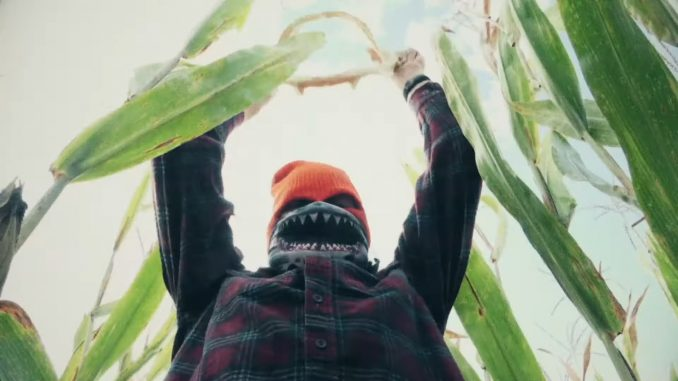 """Victims of monsters in cornfields begin cropping up in """"Sharks of the Corn"""""""
